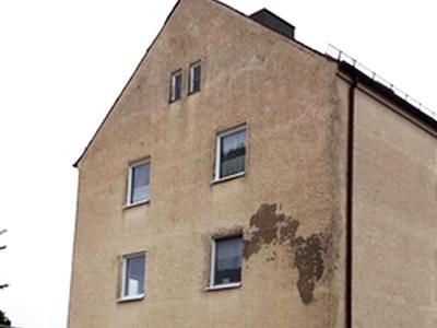 Freiburg Breisgau Schaden an Fassade Baumangel bei Hauskauf Risse