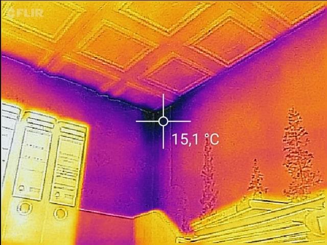 Schimmelpilz im Schlafzimmer - Schimmel Wärmebild Thermografie Infrarot Baden-Würtemberg Bayern